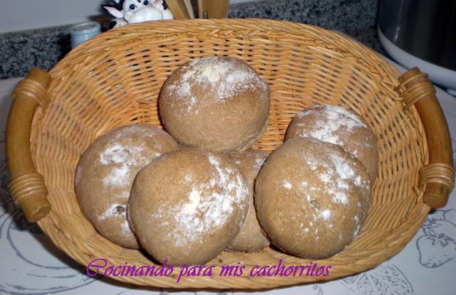 panecillos integrales de espelta y trigo