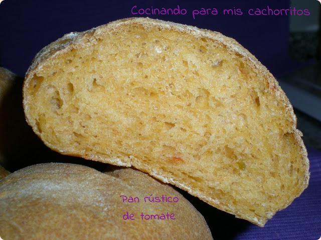 pan rústico de tomate