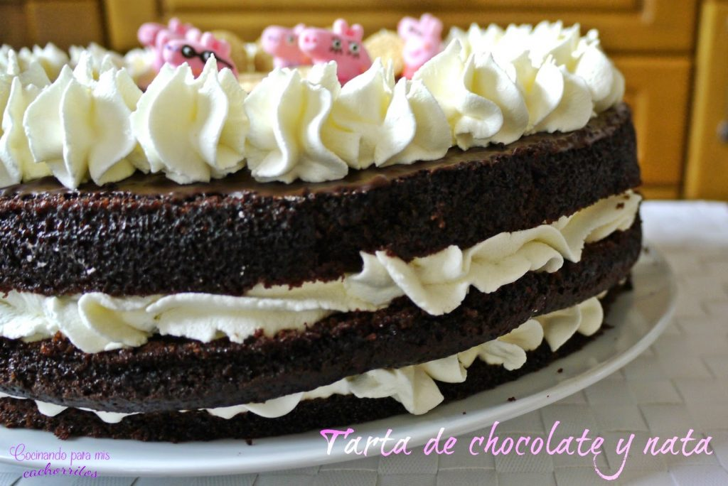 Tarta de chocolate y nata