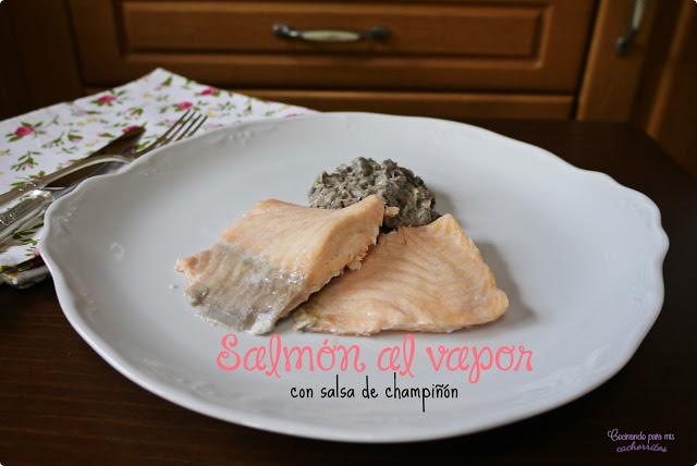 salmón al vapor con salsa de champiñón