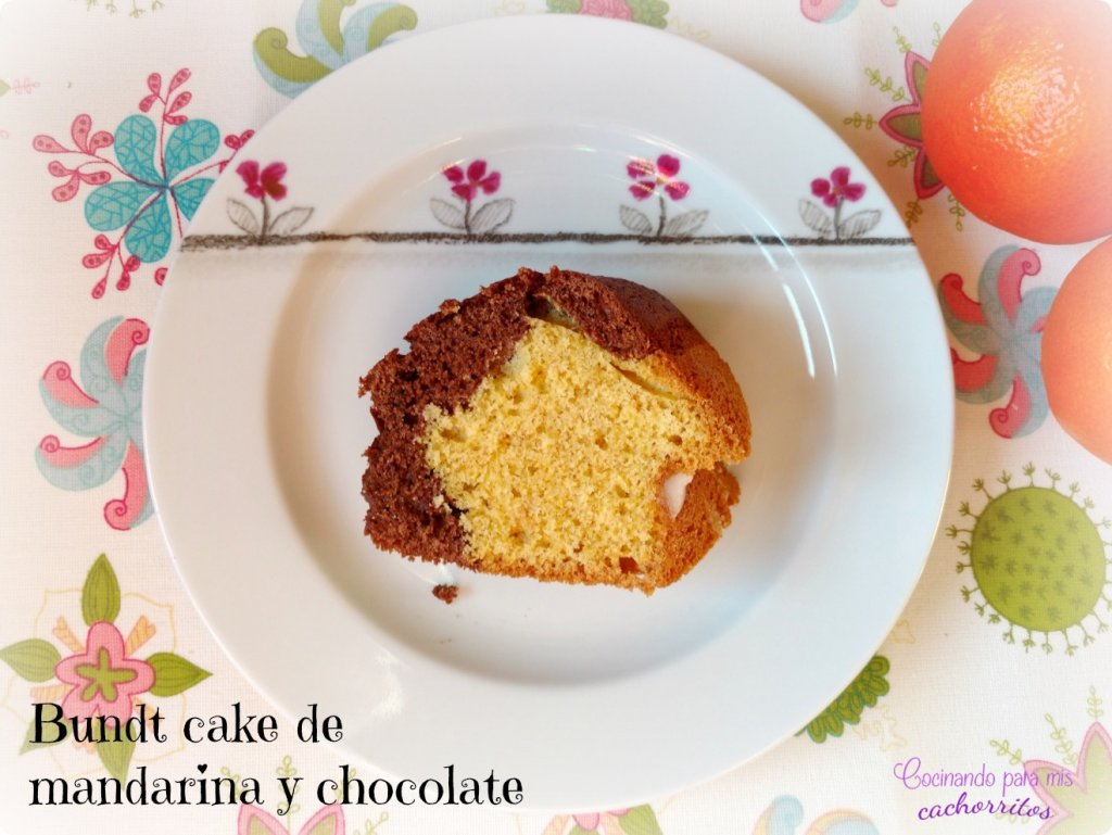 Bundt cake de mandarina y chocolate