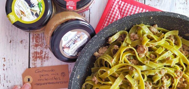 Pasta verde con Iberitos