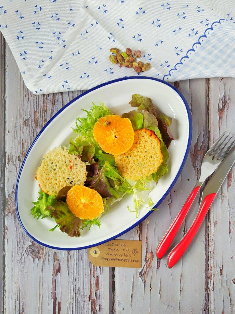 Ensalada de naranja con crujiente de parmesano